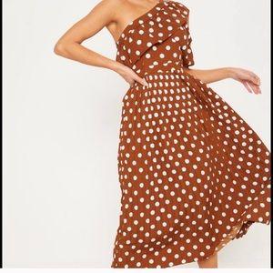 Pretty Little Thing Polka Dot dress
